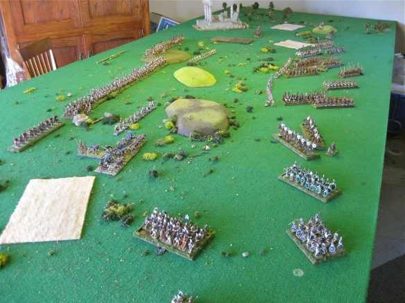 As Rome goes right... the Samnites close their left flank allies. King Mic's Etruscans keep up the advance in line.