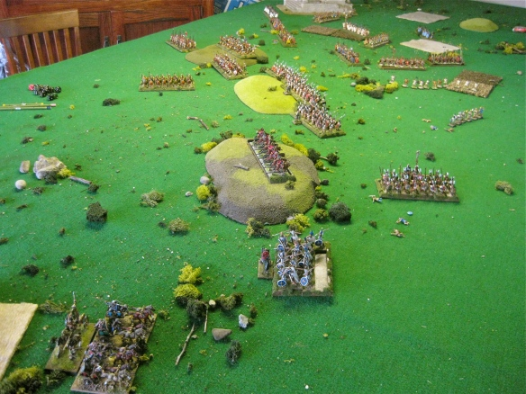 Grand vie of the battle about half way.... a bit ragged Etruscan line is showing.