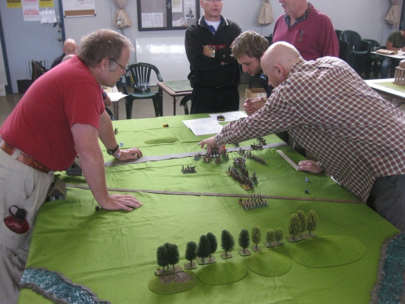 Stoke Field 1487 scenario with 15mm WOTR armies. Large format DBA action.